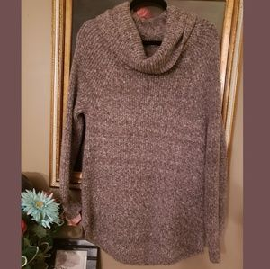 💲✂️ Cozy warm marled brown cowl neck sweater